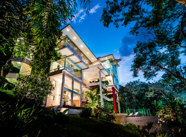 Photography - Real Estate & Architecture